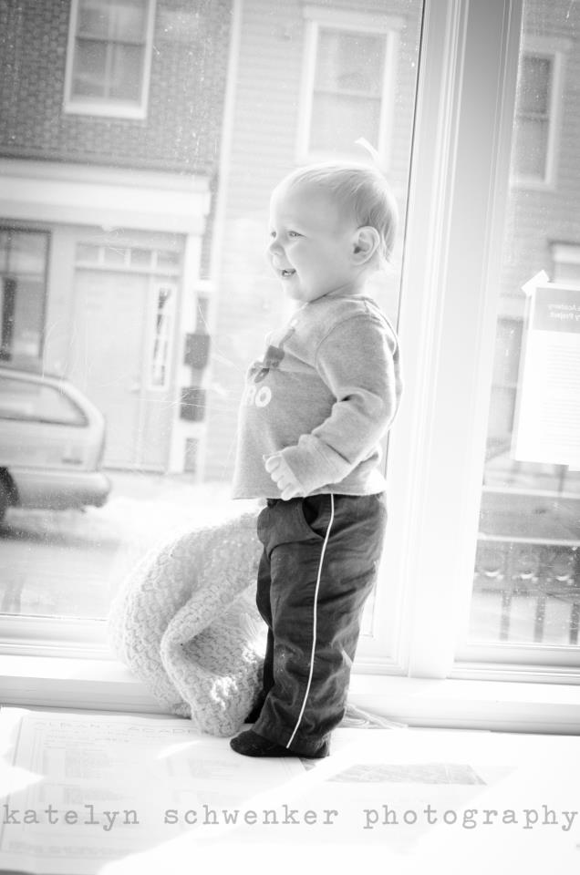 Katelyn Schwenker Photography To Offer FREE Kids Portrraits Thursday 5/9/13 At Stage 1
