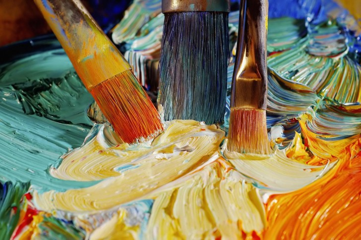 Oil Paints Brushes 485×728